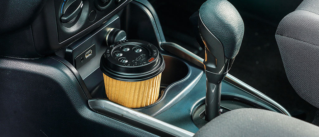 10 Compartments, 2 Cupholders, 4 Bottle Holders